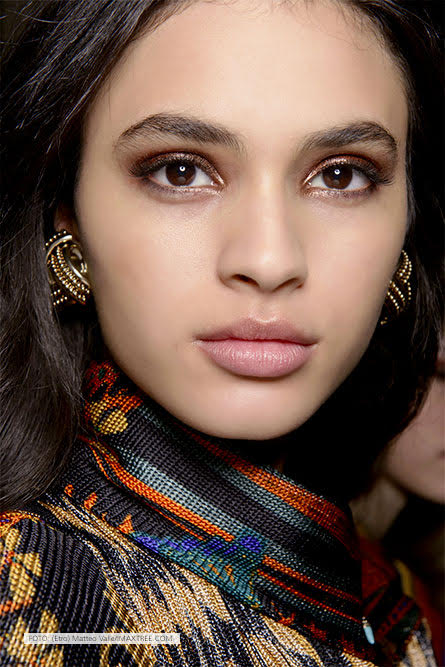 bronze smoky eyes etro