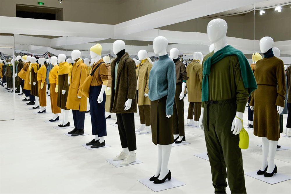 Lihat Pameran Art and Science of Lifewear dari Uniqlo