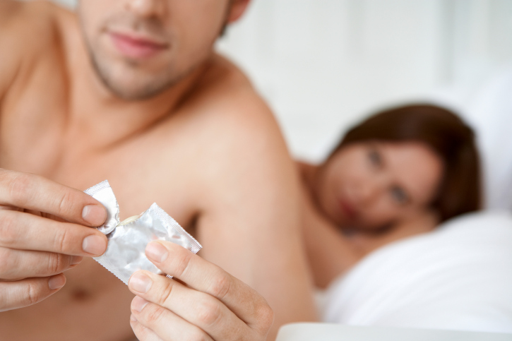 Male genital herpes from oral sex