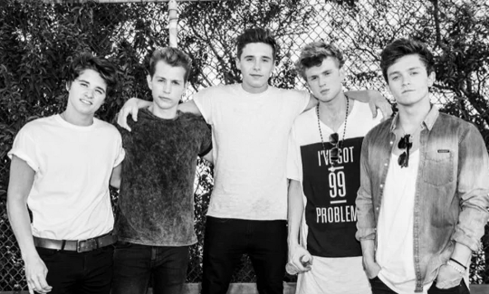 Brooklyn Beckham Bermain di Video Clip Terbaru The Vamps