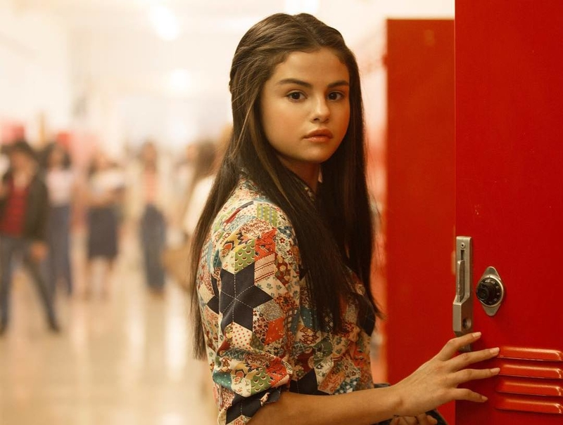 Selena Gomez Mainkan 4 Karakter di Video Musik Bad Liar
