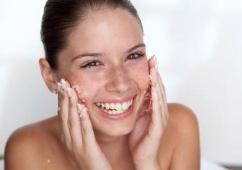 BEAUTY Q&A: Exfoliating, Yes or No?