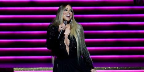 Aww! Mariah Carey Ternyata Fangirl Serial 'The Crown'