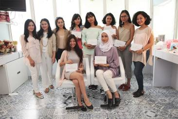 Memanjakan Diri di Sucre Beauty Salon