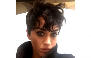 Potongan Rambut Pixie Katy Perry, Yay or Nay?