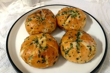 Resep Garlic Cheese Bread Korea Super Praktis Tanpa Oven!